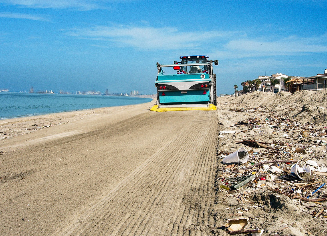 We will remain dedicated in our fight against the pollution of beaches with plastic waste.
