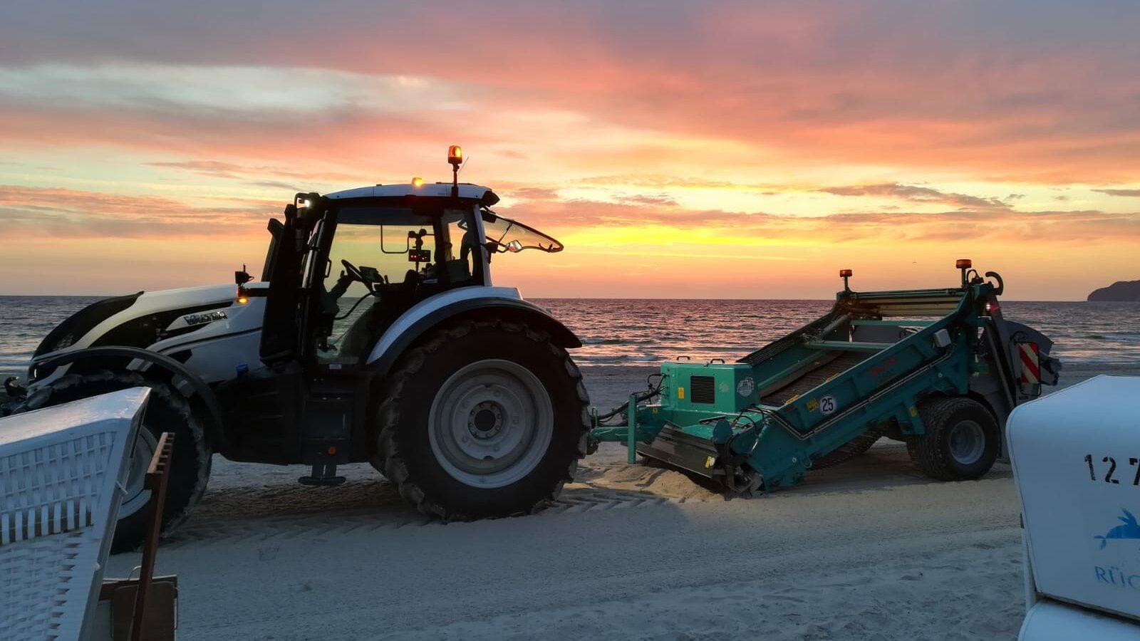 Un BeachTech 2500 garantit une plage propre et sûre à Rügen.